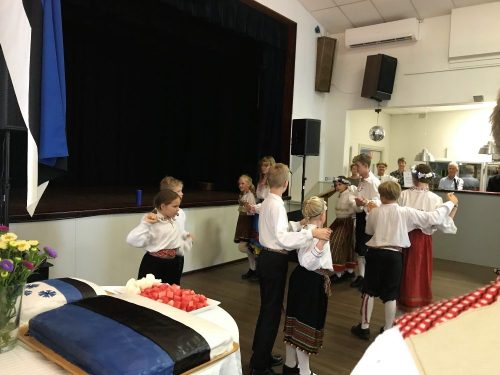 "Children's folk dancing groups: ""Lepatriinud"" and ""Rebased"""