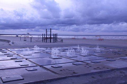Parnu Beach. Photo: Hans Tammemagi